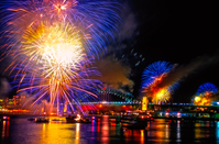 FW107 Fireworks, Sydney Harbour, New Years Eve
