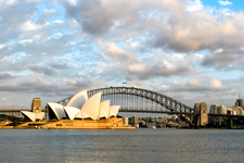 SH104  Sydney Opera House & Harbour Bridge